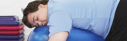 Dormir pouco pode levar à obesidade